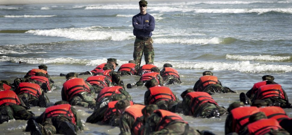A Navy SEAL Commander Says Persevering Through the Toughest Challenges Requires These 4 Actions