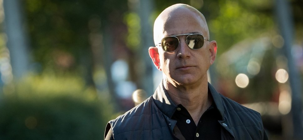 getty_813883120_20001333181884318277_257756 this viral jeff bezos meme is the perfect metaphor for amazon's