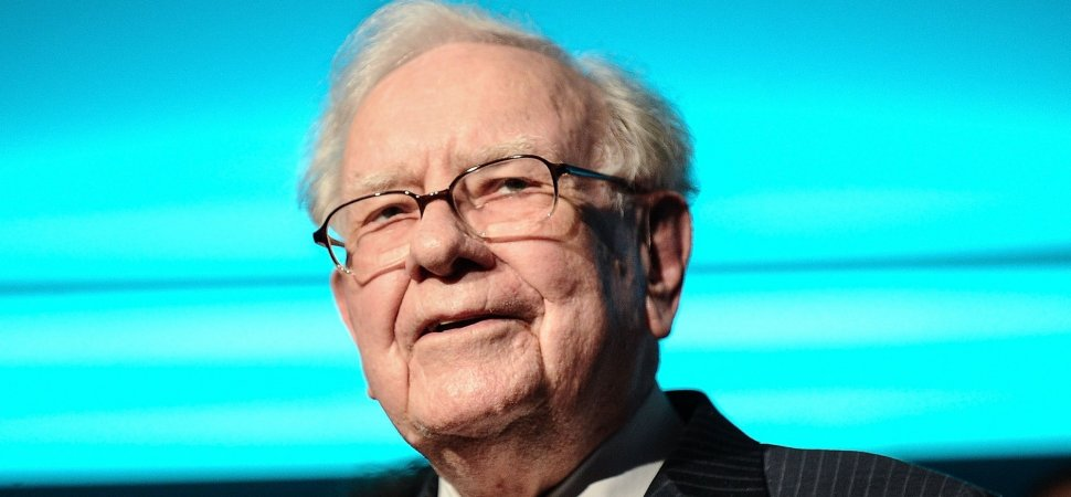 In Just 3 Words, Warren Buffett Dropped the Best Career Advice You'll Hear Today