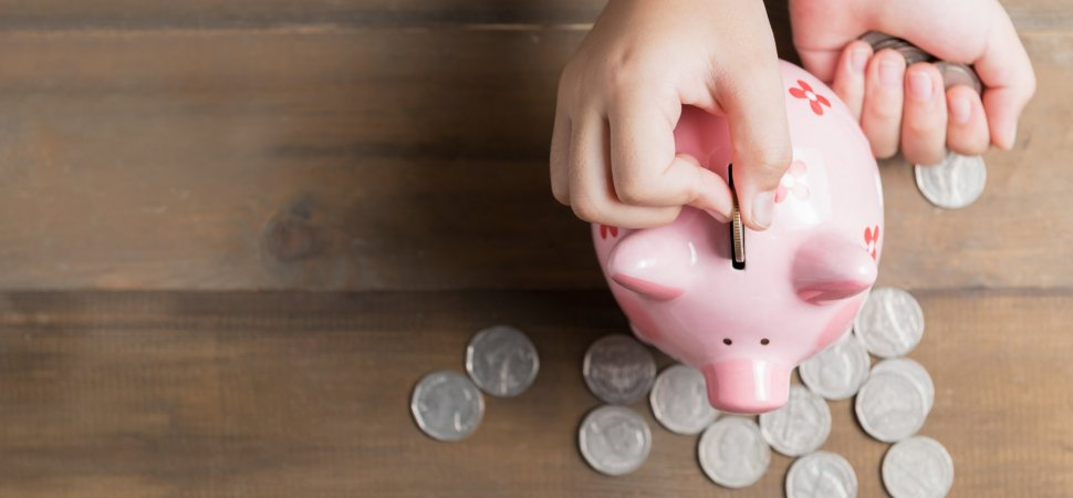 7 Questions to Ask Yourself If You're Struggling to Save Money
