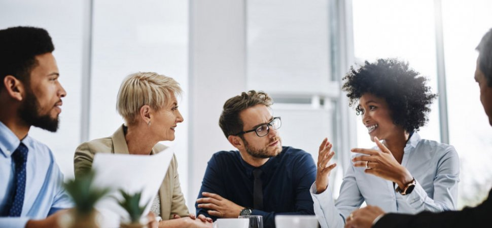 3 Communication Traits That Make Fearless Leaders Stand Out image
