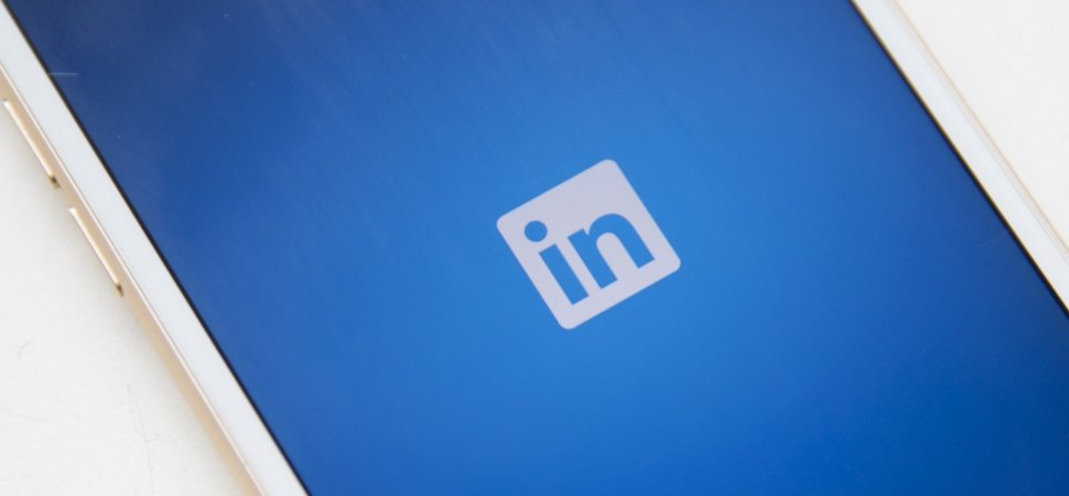 To Be More Popular on LinkedIn, Change This 1 Thing on Your Profile