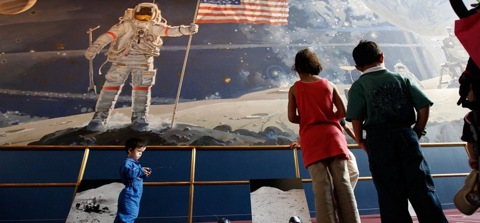 Inspire Any Audience With John Kennedy's 4-Part Formula for Selling the Moon Landing