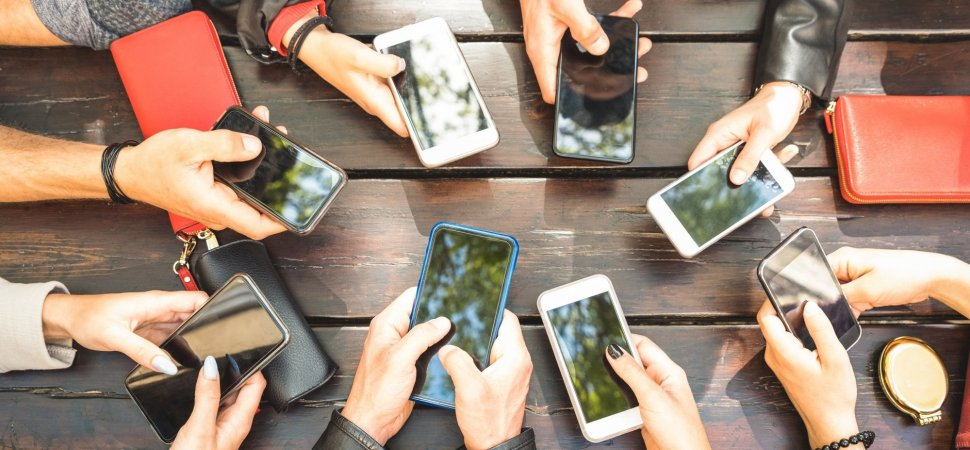 Mobile Is Expected to Be a $380 Billion Industry This Year. Here's What That Means for Your Business