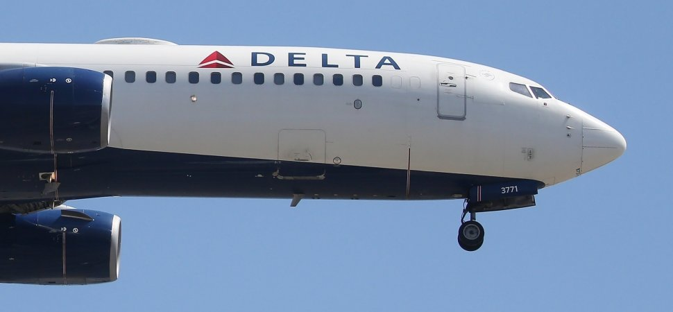 A Deaf Girl Got on a Delta Flight. What Happened Next Truly Stunned Her
