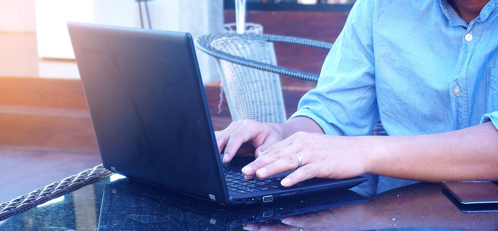 How Top CEOs Use Technology to Work From Anywhere image