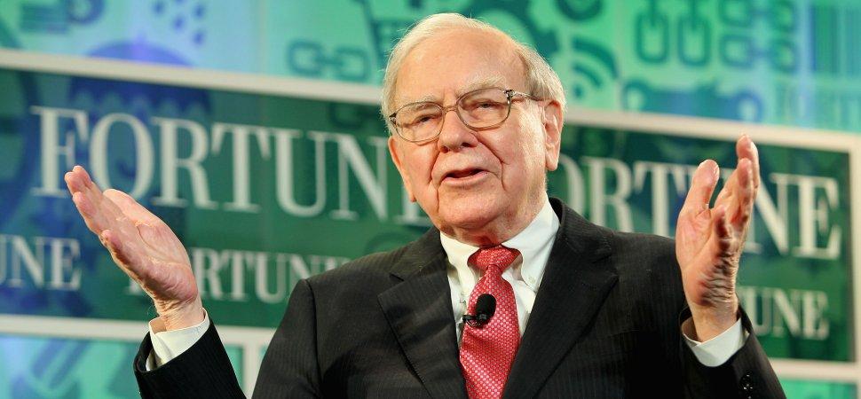 This Mental Habit Made Warren Buffett a Billionaire image
