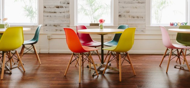 Incredible How One Stylish And Scrappy Startup Designed Its Office In A Spiritservingveterans Wood Chair Design Ideas Spiritservingveteransorg