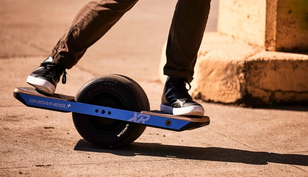 Move Over, Scooters: One-Wheeled Skateboards Are the Newest